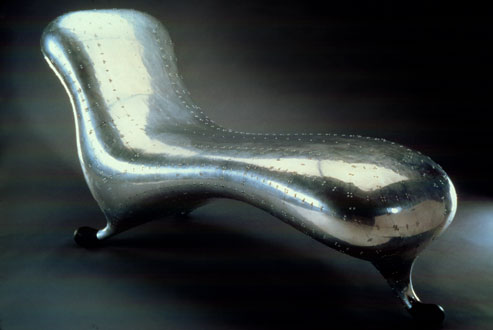 Marc newson designhistorykingscliff for Chaise longue lockheed lounge